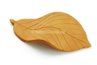 Deco clay leaves